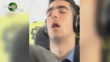 Mikel Merino Ağzı Açık Uyursa...