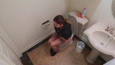 Tuvalete Giren Sevgiliye Tarantula Şakası