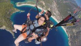 Çinli Turistin Yamaç Paraşütü İle İmtihanı