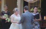 Gelinin Evlilik Yeminine Kusarak İçine Eden Kadın