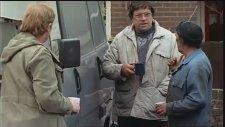 Raining Stones (1993) Fragman