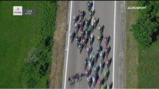 Giro D'ıtalia 2017 - Bisiklet Yarışı Kaza Anı