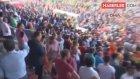 Yeni Malatyasporlu Taraftarlar, Hatıra Olsun Diye Stadyumdan Kale Direğini Söktü