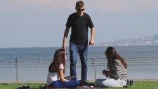 Türk Halkına Sarılma Şakası - Sosyal Deney
