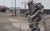 Parti Havalı Savaş Robotu