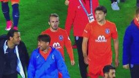 Başakşehirli Futbolcuların Volkan'ın Penaltısıyla Dalga Geçmesi