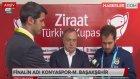 Fenerbahçe'den Ayrılacak Olan Advocaat, Hollanda'nın İlk Kadrosunu Açıkladı