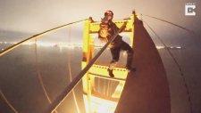 Kalp Krizi Geçirtecek 250 Metre Yükseklikteki Köprüye Tırmanan Liseliler