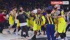Basketbol Takımını Öven Advocaat, Fark Etmeden Kendisini Eleştirdi
