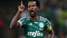 42'lik Ze Roberto'dan tarihi gol
