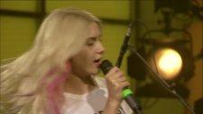 Aleyna Tilki - Cevapsız Çınlama (Kral Pop Akustik)