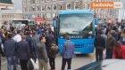 Otobüs Tekerleğine Ayağı Sıkışan Kadın Yaralandı