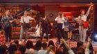 """Muhteşem Bir Ekip ve """"Senden Daha Güzel"""" Şarkısı! (Beyaz Show Canlı Performans 26 Mayıs Cuma)"""