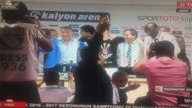 Beşiktaşlı Futbolcular, Şenol Güneş'in Basın Toplantısını Basarsa