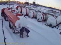Gaz Kaçağını Çakmakla Kontrol Etmek - Sibirya