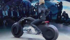 Devrilmeyen Motor: Motorrad Vision Next 100