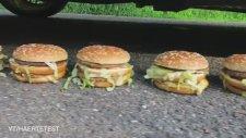 Big Mac'lerin Üzerinden Araba İle Geçmek