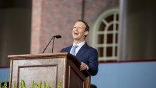 Mark Zuckerberg Yarım Bıraktığı Harvard'a Mezuniyet Konuşması