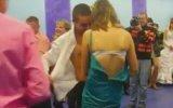 Rus Düğününün Soyunmalı Dans Eğlencesi