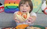 Tek Oturuşta 5 Kilo Döner Yiyen Japon Kız