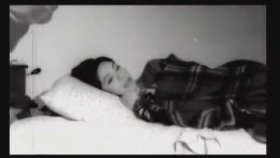 Hazal - Parayla Saadet Olmaz (Official Video)