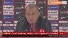 Türkiye Futbol Direktörü Terim, Basın Toplantısı Düzenledi (2) - Oyuncuyu Gönderme Kararı Benimdir