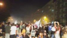 Silivrispor Kulübü Otobüsü Alana Yaklaşırken Protokol Yerini Alıyor Kutlamalar Başlıyor