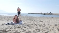 Kızgın Plaj Kumlarında Kullanacağınız Müthiş Buluş
