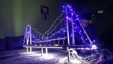 İstanbul'u Görmek İsteyen Kızına Boğaz Köprüsünün Maketini Yaptı