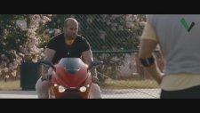 Efsane Jason Statham Basket Sahası Dövüş Sahnesi   The Expendables