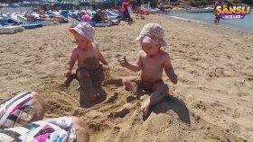 Tatili Otele Geldik 2.Gün - Oyunlar Kaydırak İle Mavi Havuzda Aquapark
