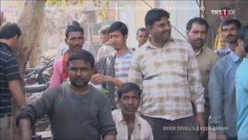 Bekir Develi Hindistan'da Guru Temizleme Yapıyor :)