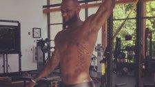 LeBron James'in Pilates Çalışması