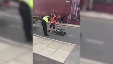 Polisin Küçük ATV'ye Ceza Kesip Çekiciyle Götürmesi