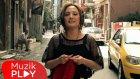 Mutlu Yuluğ - Evde Kaldım (Official Video)