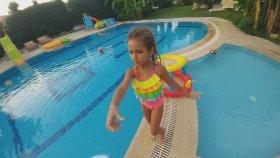 Havuzda Basket - Prenses Elif