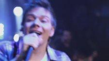 Michel Teló - Ai Se Eu Te Pego -  Video Oficial (Assim você me mata)