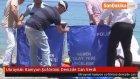 Ukraynalı Kamyon Şoförünü Denizde Can Verdi