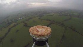 Uzaya Kıymalı Patatesli Börek Göndermek