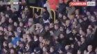 Galatasaray'ın Yeni Golcüsü Gomis, Rahatsızlığı Nedeniyle Maçlarda Bayılıyor