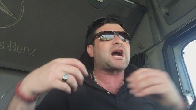Kapıkuledeki Memurlara Isyan Eden Tır şoförü Video Alkışlarla