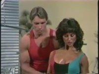 Arnold Schwarzenegger Spor Yaptırıyor
