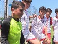 Samsunsporlu Futbolculara Gider Yapan Minik Kaleci