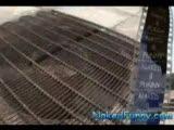Çıplak Şaka-Etekler Uçuşuyo