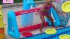 Havuz İçin Yeni Oyuncak Aldık .frizbi Ve Kale Çok Eğlenceli Bu Oyuncak