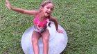 Büyük Dev Balonları Su Doldurup Patlatma Extra Kamera Çekimleri , Eğlenceli Çocuk Videosu