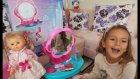 Elİf derya bebeğe makyaj yapıyor, eğlenceli çocuk videosu