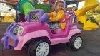 Prenses jeep ve elif parkta , eğlenceli çocuk videosu