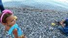 sahilde olta ile balık tutma ,Balıkçıyı izledik, Eğlenceli çocuk videosu