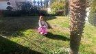 Bahçede jeep ve motor ile sürpriz aradık, eğlenceli çocuk videosu